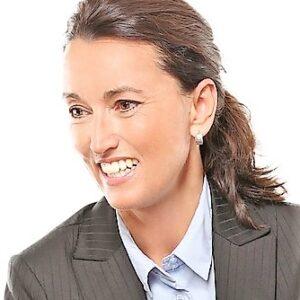 פנים אשה 4